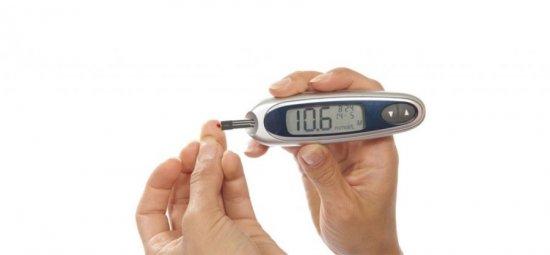 Аппарат для измерения сахара и холестерина
